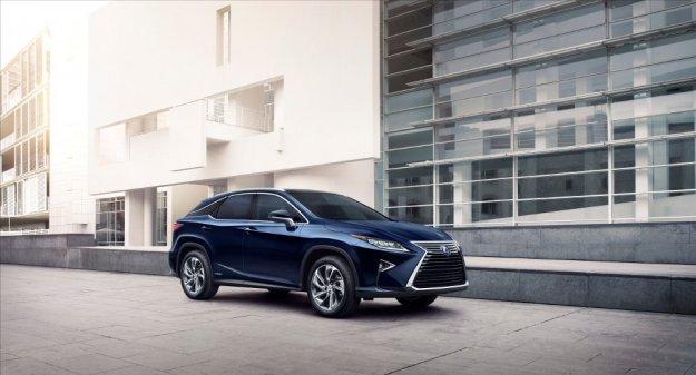 Lexus prezentuje RX z nową jednostką