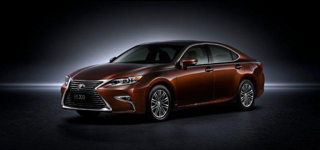 Lexus ES otrzymuje nową twarz