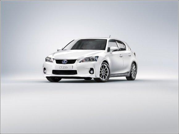 Lexus CT200h - ekologia premium