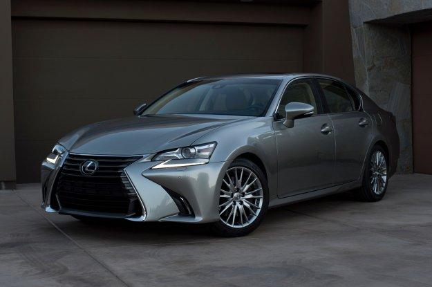 Lexus GS dołącza wizualnie do reszty rodziny
